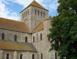 L'abbaye de Lessay au printemps