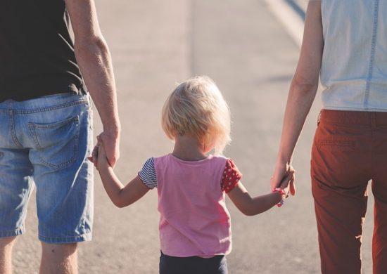 Promenade à la mer en famille