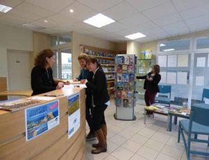 L'accueil du bureau de Lessay de COCM Tourisme