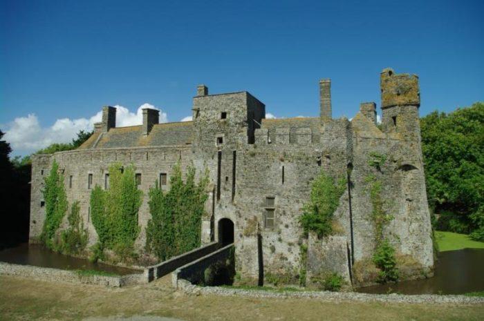 Pirou-Chateau-fort-1