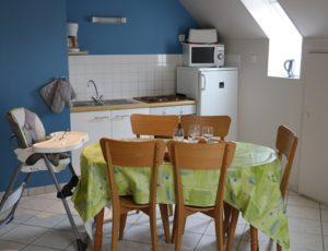 gite-2504-lespins-lessay-salon-2