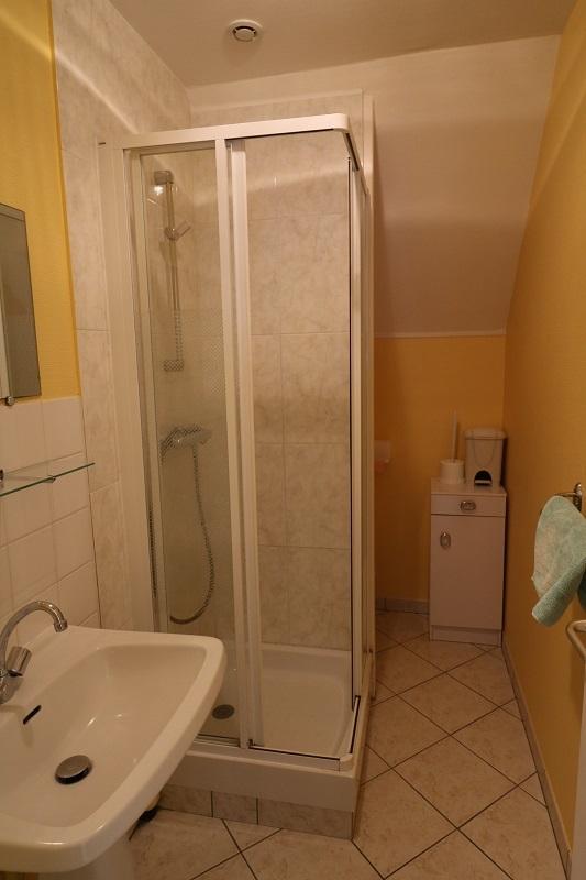 gite-2508-lespins-Lessay-salle-de-bain