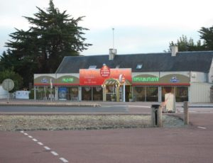 lessay-le-cafe-du-rond-point