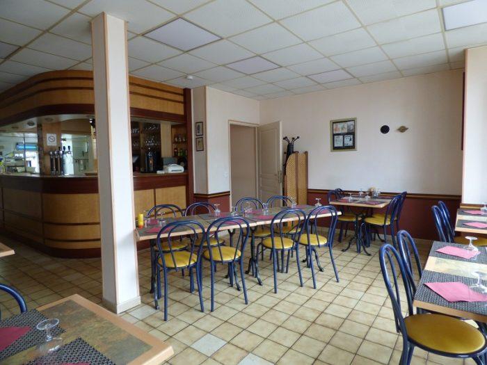periers-restaurant-la-bulle-salle-s.georges
