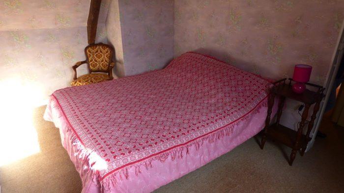 saint-patrice-de-claids-meuble-la-bayonnerie-catherine-chambre-rose