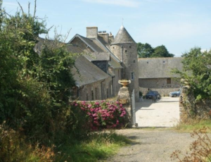 saint-remy-des-landes-meuble-domaine-de-la-besliere-4pers-1
